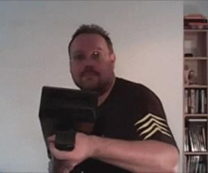 """Nerdgasmo: crea su propia pistola """"lanza-avioncitos de papel"""""""