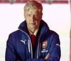 Parece que los problemas de Arsene Wenger con el cierre... están resuletos