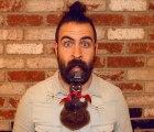 Isaiah Webb y su barba multiusos, segunda parte