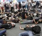"""""""Pude haber sido yo"""":flashmob por Ayotzinapa #FILGuadalajara"""