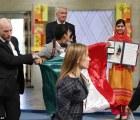 """""""Ángel anónimo"""" paga multa de mexicano que interrumpió Nobel"""