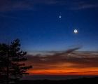 La Luna, Venus y Marte, fueron visibles ayer por la noche