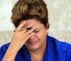 Dilma destituye a directora de Petrobras por corrupción