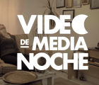 Video de Media Noche: I Am Not a Weird Person