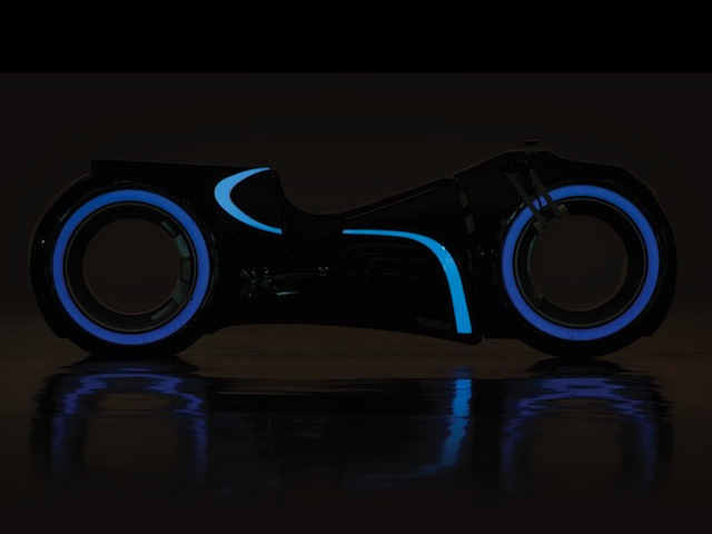 real-life-tron-light-cycle-for-sale-by-rm-auctions-8