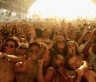 Celebridades, músicos y asistentes, así la gente de Coachella