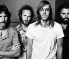 La historia de los bajistas secretos de The Doors