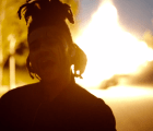 Sobrevive a un choque y ponte a cantar en el nuevo video de The Weeknd