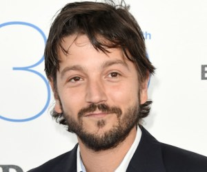 SANTA MONICA, CA - FEBRUARY 21:  Actor Diego Luna attends the 2015 Film Independent Spirit Awards at Santa Monica Beach on February 21, 2015 in Santa Monica, California.  (Photo by Jason Merritt/Getty Images)