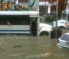 """Inundaciones en Oaxaca y un muerto en Acapulco por el """"Mar de Fondo"""""""