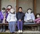 Conoce al pueblo japonés habitado con muñecos de trapo