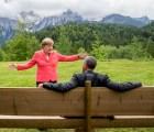 Y en la imagen del día... Merkel y Obama se vuelven los reyes del meme