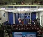 Desalojan a reporteros de la Casa Blanca por paquete sospechoso