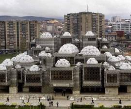 Libreria_Nacional_en_Kosovo