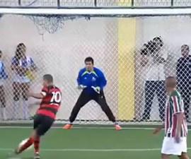 penalti rabona
