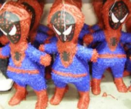 piñatas spiderman