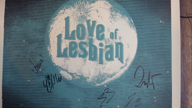 lovelesbian