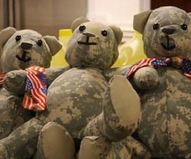 matthew-freeman-project-soldier-uniform-teddy-bears-6