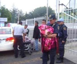 policia_bebe