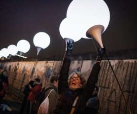 25th anniversary of peaceful revolution - Border of Lights
