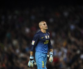 BARCELONA, SPAIN - AUGUST 23:  Victor Valdes of FC Barcelona looks on during the Super Cup first leg match between FC Barcelona and Real Madrid at Camp Nou on August 23, 2012 in Barcelona, Spain.  (Photo by David Ramos/Getty Images)