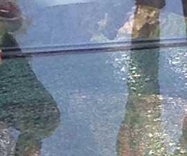 glass-banner