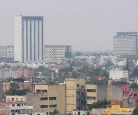 60504111. México, 4 Abr (Notimex- José Pazos).- La Comisión Ambiental de la Megalópolis (Came) determinó mantener la Fase 1 de Contingencia Ambiental en el Valle de México ante los altos índices de contaminación, por lo que este jueves no podrán circular los vehículos con engomados verde y amarillo y terminación de placas 1 y 2 y 5 y 6. NOTIMEX/FOTO/JOSÉ PAZOS/JPF/ACE/OZONO16