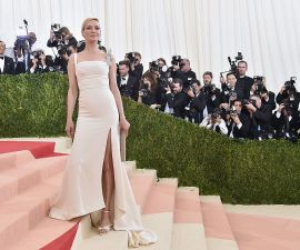 "NEW YORK, NY - MAY 02:  Rosie Huntington-Whiteley attends the ""Manus x Machina: Fashion In An Age Of Technology"" Costume Institute Gala at Metropolitan Museum of Art on May 2, 2016 in New York City.  (Photo by Mike Coppola/Getty Images for People.com) *** Local Caption *** Rosie Huntington-Whiteley"