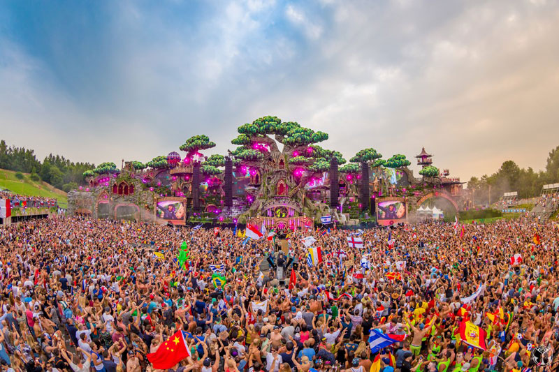 Tomorrowland-2016-9-General