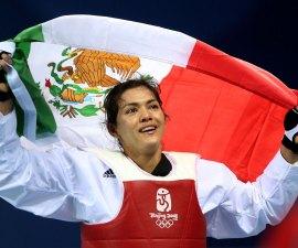 Maria-del-Rosario-Espinoza-Medalla