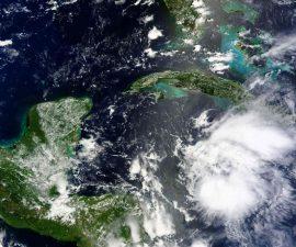 huracan-earl-1