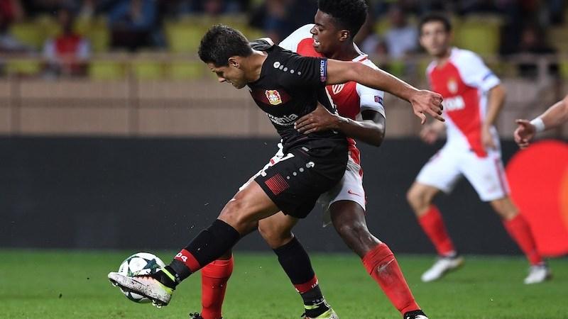 Chicharito Hernández gol Bayer Leverkusen