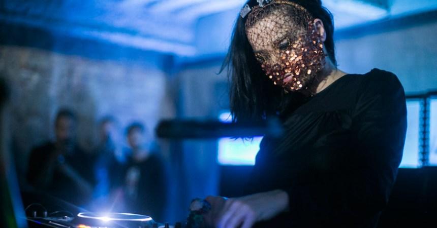 Björk realiza un DJ Set en Montreal