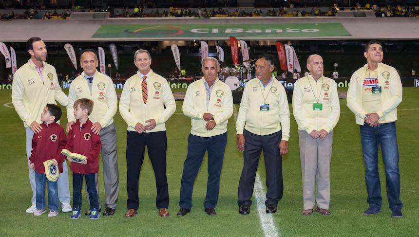 Estos fueron los delantero que el america homenajeo en el juego contra Xolos