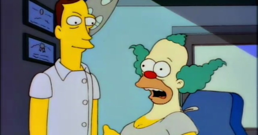 Krusty con implantes de senos