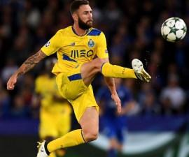 Miguel Layún podría ir al Porto