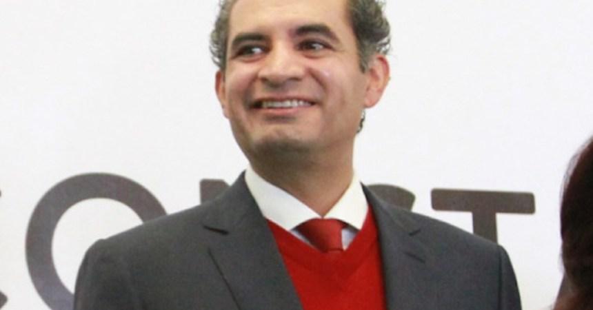 Enrique Ochoa Reza, presidente nacional del PRI, señaló que Andrés Manuel López Obrador, líder de Morena, ya chochea