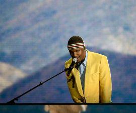 Frank Ocean anuncia aus primeros shows en tres años.