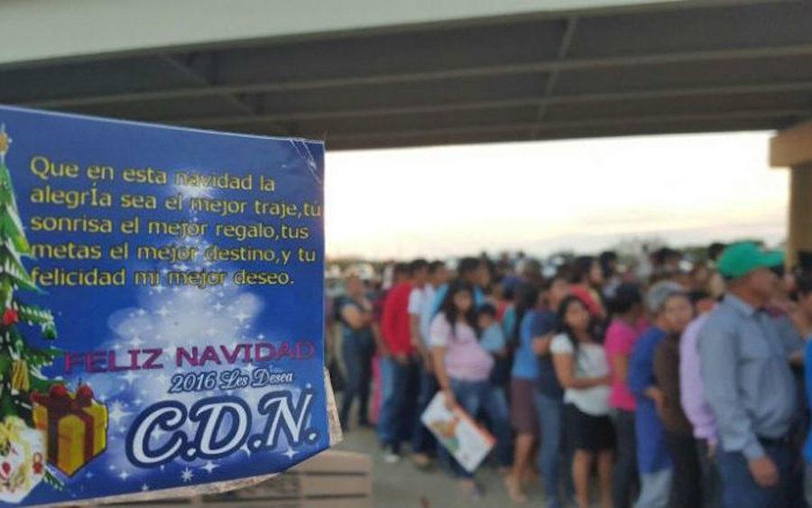 cartel-noreste-regalos-navidenos-tamaulipas