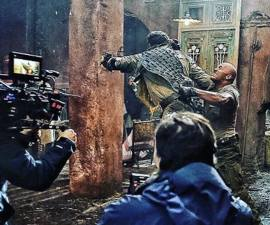 The Rock pateando traseros en Jumanji