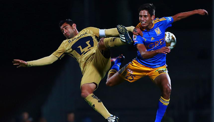 Pumas UNAM v Tigres UANL - Playoffs Torneo Apertura 2016 Liga MX