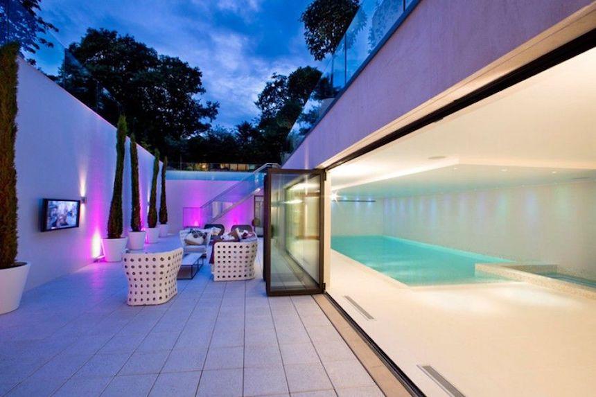 casa-ozil-pool