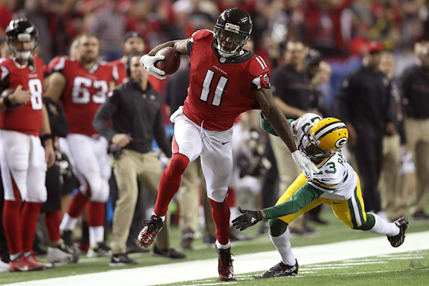 ATLANTA, GA - JANUARY 22: Julio Jones #11 of the Atlanta Falcons runs after a