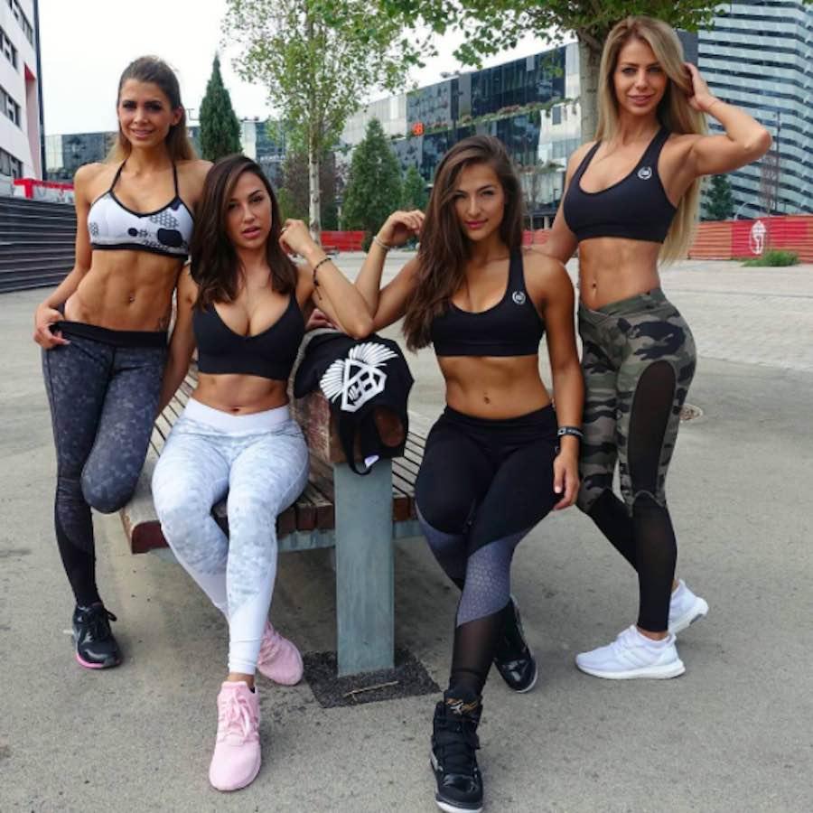 Nochtli Peralta y sus guapas amigas