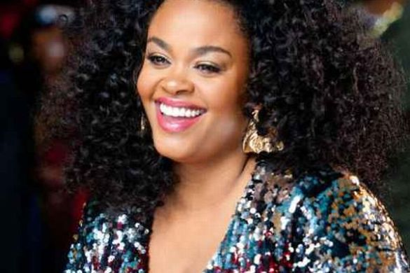 Jill Scott Chares Light and Life with Impromptu Concert