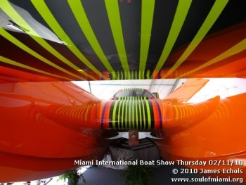 miamiinternationalboatshowthursdsay021110-009