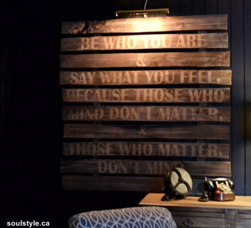 Pallet style wood sign with quote