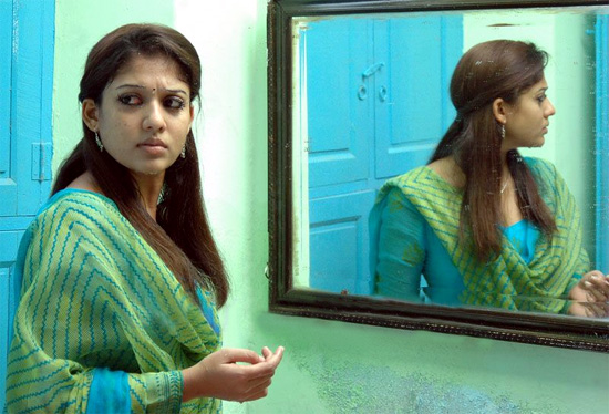 nayanthara mirrir Awesome Yaradi Nee Mohini movie gallery