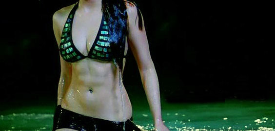 shruti haasan hot and sexy pictures 5 Luck Movie Hot Shruti Hassan Bikini Pose Photo Gallery