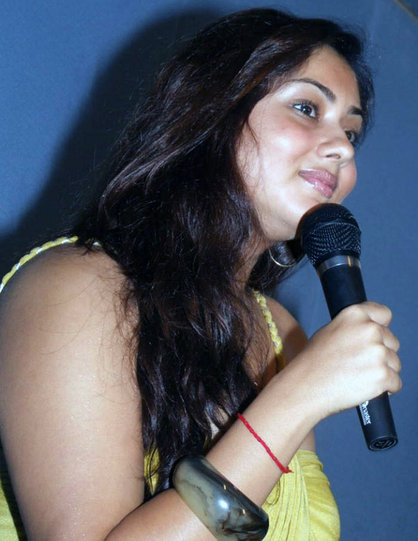 Namitha Speaks About Jagan Mohini stills 12 namitha jaganmohini Pressmeet hot sexy Photo Gallery